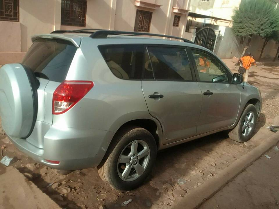 Toyota Rav4 2007 automatique essence disponible à Bamako