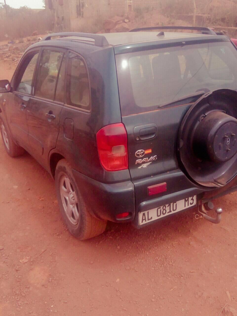 RAV4 à vendre à 2 500 000 FCFA diesel